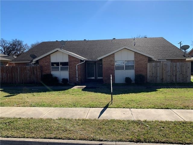 2 Bedrooms, Oak Grove Hurst Rental in Dallas for $950 - Photo 1