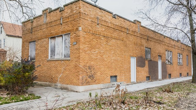 3 Bedrooms, The Bush Rental in Chicago, IL for $995 - Photo 1