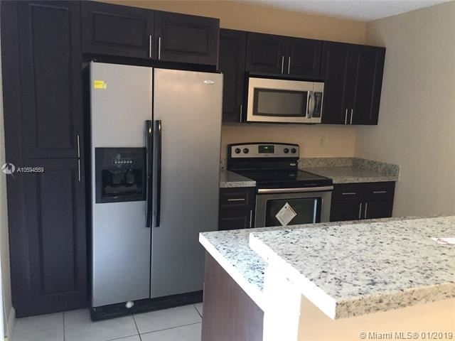 3 Bedrooms, The Village at Harmony Lake Rental in Miami, FL for $2,200 - Photo 1