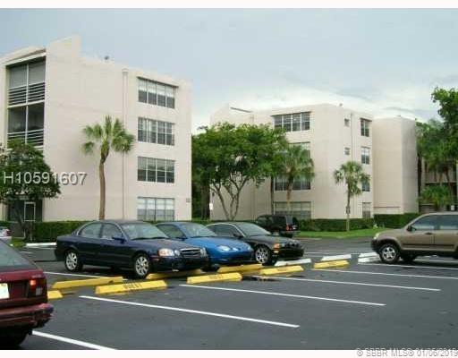 1 Bedroom, Tangerine Condominiums of Pine Island Rental in Miami, FL for $1,225 - Photo 1