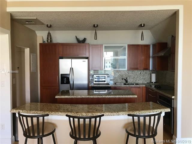 2 Bedrooms, Golden Shores Ocean Boulevard Estates Rental in Miami, FL for $3,050 - Photo 2
