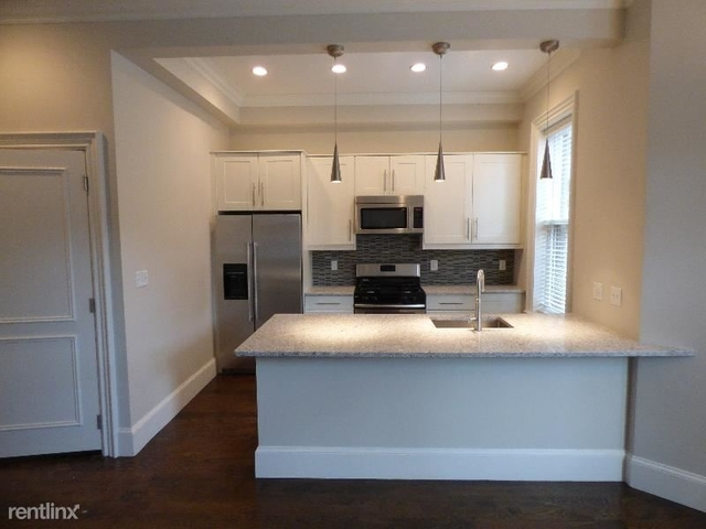 2 Bedrooms, Back Bay West Rental in Boston, MA for $4,200 - Photo 2