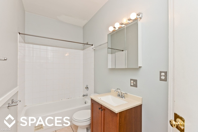 4 Bedrooms, Lake View East Rental in Chicago, IL for $3,800 - Photo 1