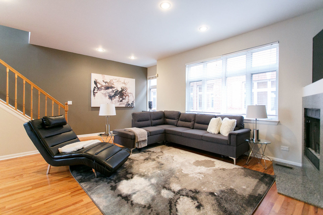 3 Bedrooms, Lathrop Rental in Chicago, IL for $3,450 - Photo 2