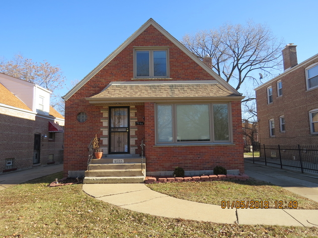 4 Bedrooms, South Shore Rental in Chicago, IL for $1,800 - Photo 1