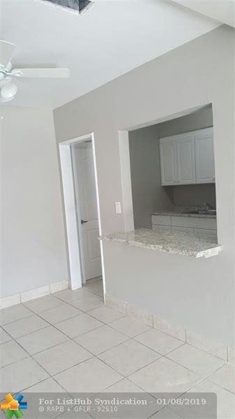 3 Bedrooms, South Middle River Rental in Miami, FL for $1,895 - Photo 2