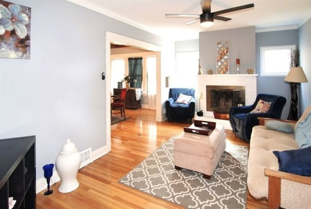 4 Bedrooms, Oak Park Rental in Chicago, IL for $3,200 - Photo 1