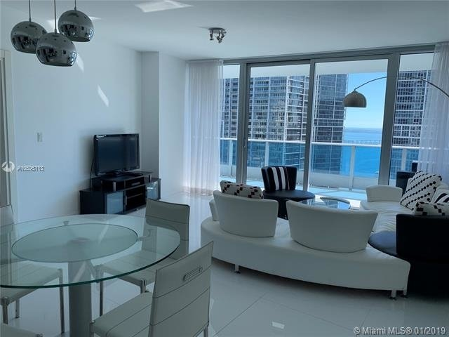 2 Bedrooms, Downtown Miami Rental in Miami, FL for $4,800 - Photo 2