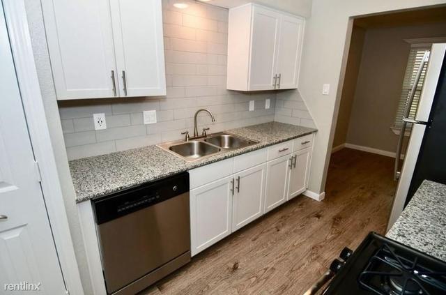 1 Bedroom, Spring Branch West Rental in Houston for $850 - Photo 2