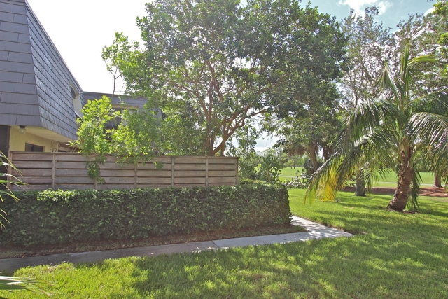 2 Bedrooms, Glenwood Townhomes Rental in Miami, FL for $1,850 - Photo 2