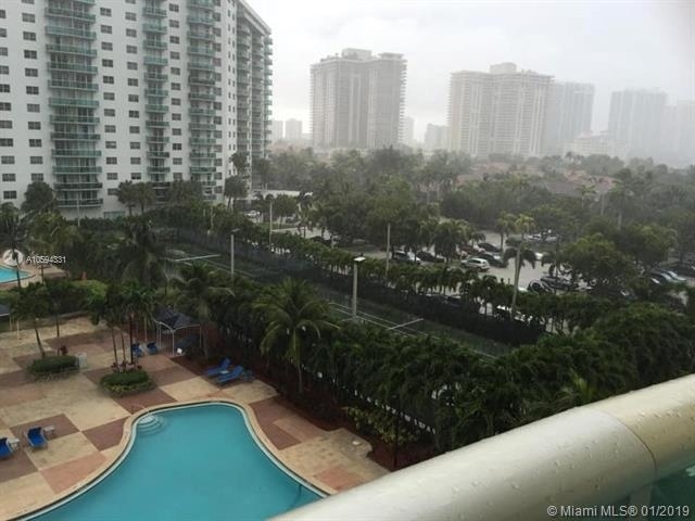 3 Bedrooms, Golden Shores Ocean Boulevard Estates Rental in Miami, FL for $3,800 - Photo 1