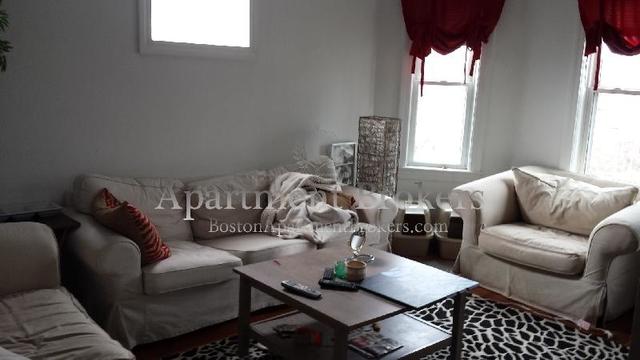 3 Bedrooms, St. Elizabeth's Rental in Boston, MA for $2,750 - Photo 1