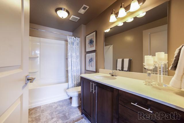 2 Bedrooms, West Haven Rental in Ogden, UT for $1,129 - Photo 2
