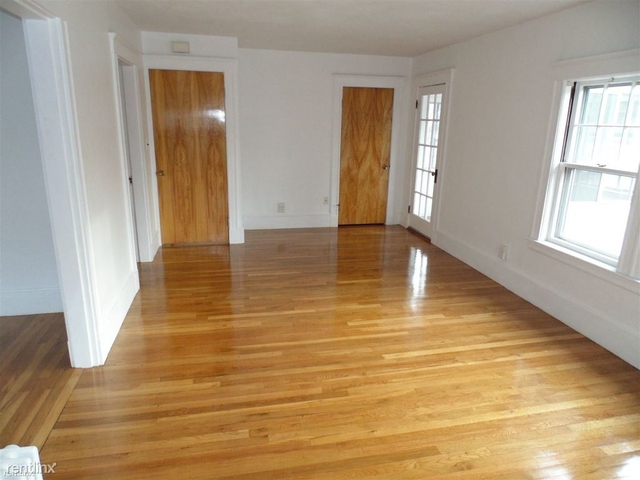 2 Bedrooms, West Newton Rental in Boston, MA for $2,000 - Photo 2