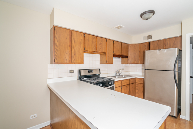 2 Bedrooms, Logan Square Rental in Chicago, IL for $1,425 - Photo 2