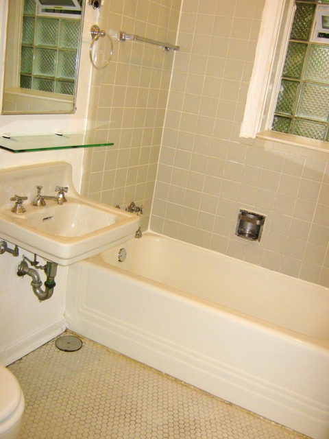 4 Bedrooms, Hyde Park Rental in Chicago, IL for $3,725 - Photo 1