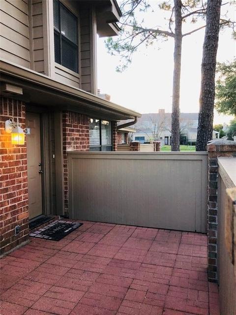 2 Bedrooms, Grants Lake Rental in Houston for $1,375 - Photo 2