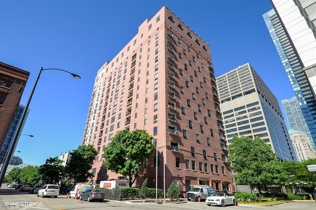 2 Bedrooms, West Loop Rental in Chicago, IL for $2,400 - Photo 1