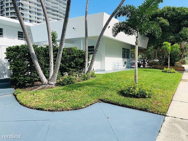 1 Bedroom, Central Beach Rental in Miami, FL for $1,450 - Photo 2