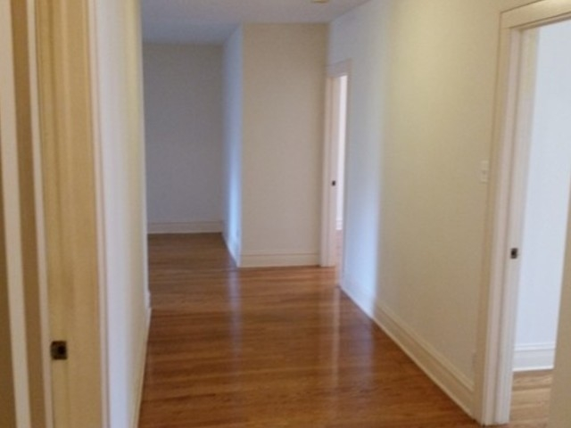 2 Bedrooms, Hollywood Park Rental in Chicago, IL for $1,350 - Photo 2