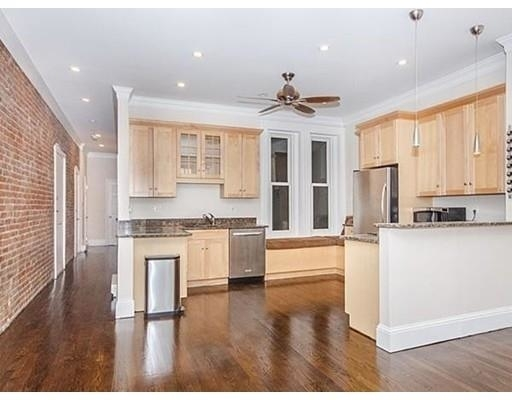 2 Bedrooms, Shawmut Rental in Boston, MA for $3,950 - Photo 2
