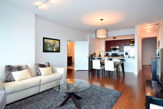 2 Bedrooms, South Loop Rental in Chicago, IL for $3,000 - Photo 2