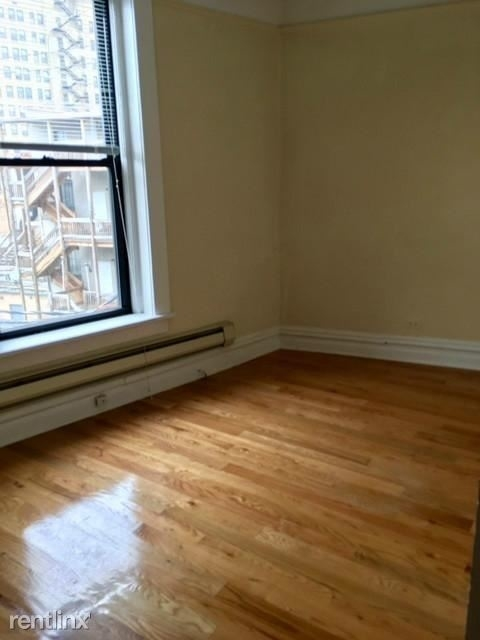 2 Bedrooms, Lincoln Park Rental in Chicago, IL for $1,725 - Photo 2