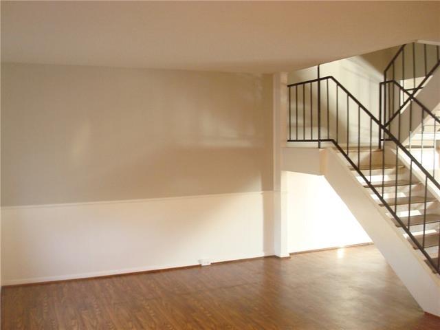3 Bedrooms, Arlington Downs Rental in Dallas for $1,650 - Photo 2