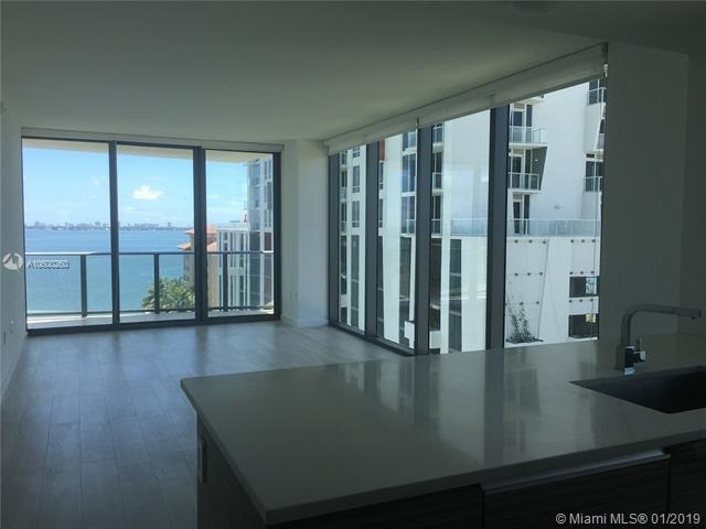 3 Bedrooms, Bankers Park Rental in Miami, FL for $3,800 - Photo 2