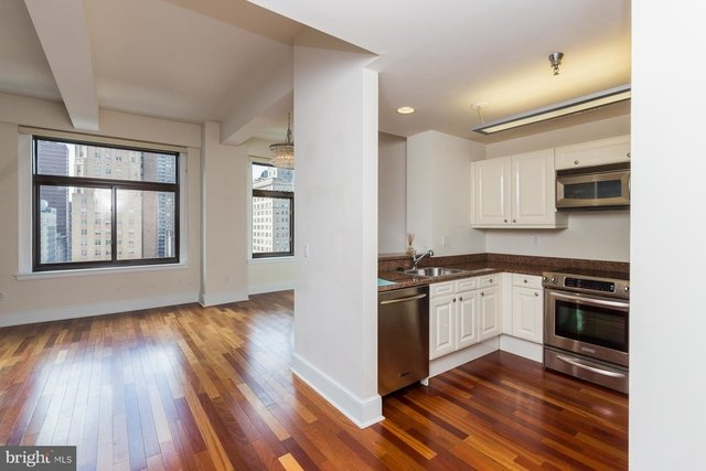 2 Bedrooms, Center City West Rental in Philadelphia, PA for $2,300 - Photo 2