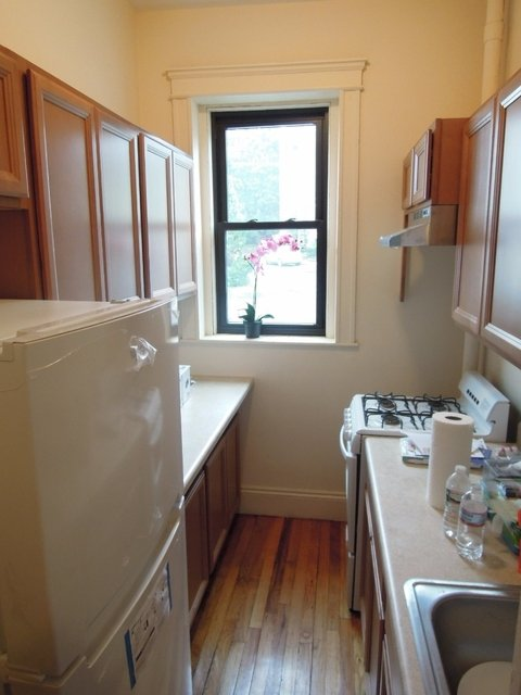 2 Bedrooms, Commonwealth Rental in Boston, MA for $2,400 - Photo 2