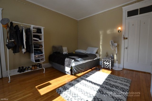 2 Bedrooms, Coolidge Corner Rental in Boston, MA for $3,015 - Photo 1