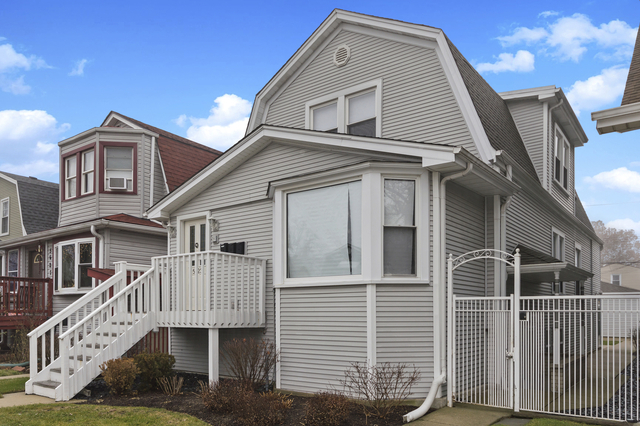 2 Bedrooms, Brynford Park Rental in Chicago, IL for $2,500 - Photo 1