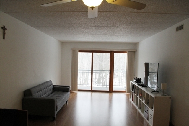 2 Bedrooms, River's Edge Rental in Chicago, IL for $1,800 - Photo 2