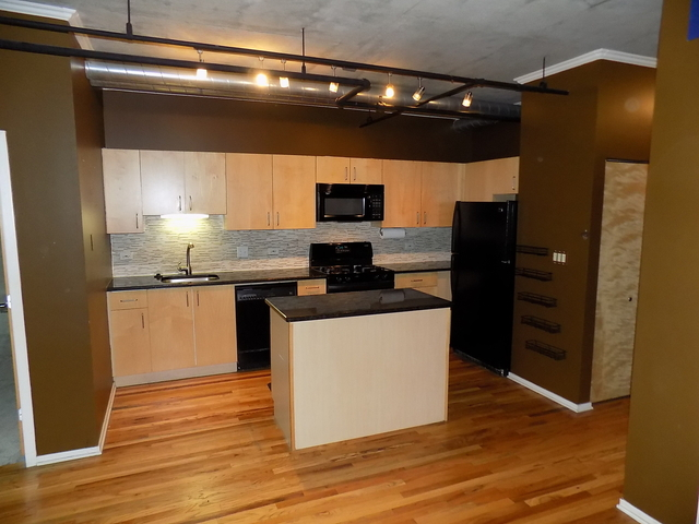 2 Bedrooms, West Loop Rental in Chicago, IL for $2,300 - Photo 2