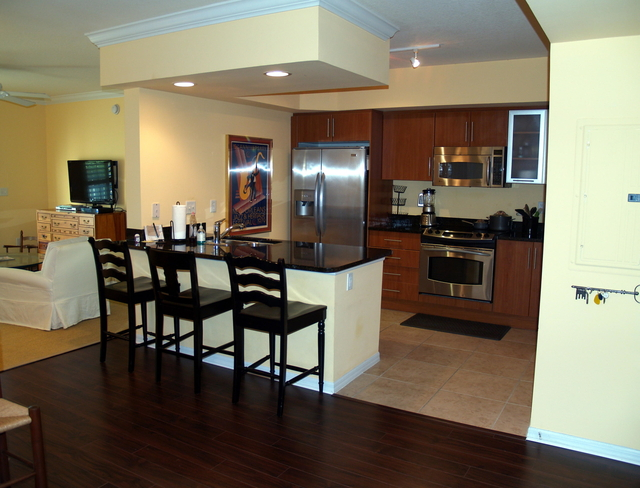 2 Bedrooms, Downtown West Palm Beach Rental in Miami, FL for $4,500 - Photo 2