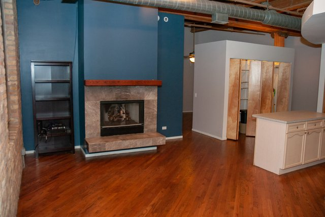 2 Bedrooms, Bucktown Rental in Chicago, IL for $2,000 - Photo 1
