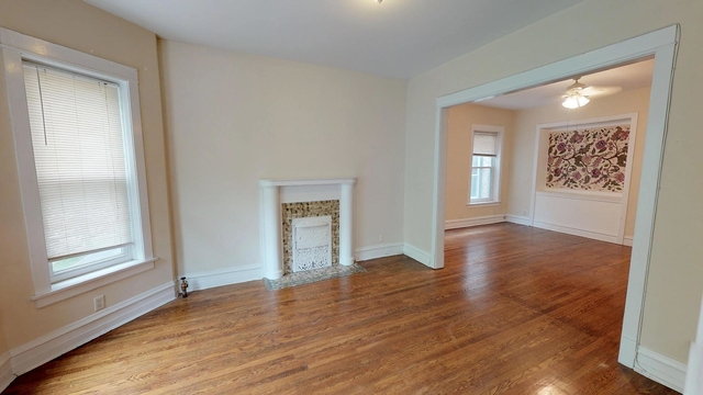 3 Bedrooms, Lakeview Rental in Chicago, IL for $2,350 - Photo 2