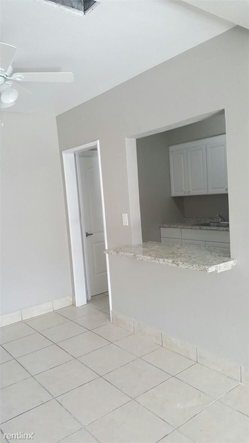 3 Bedrooms, South Middle River Rental in Miami, FL for $1,995 - Photo 1