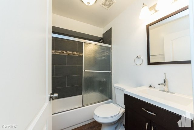 3 Bedrooms, Bucktown Rental in Chicago, IL for $1,935 - Photo 2