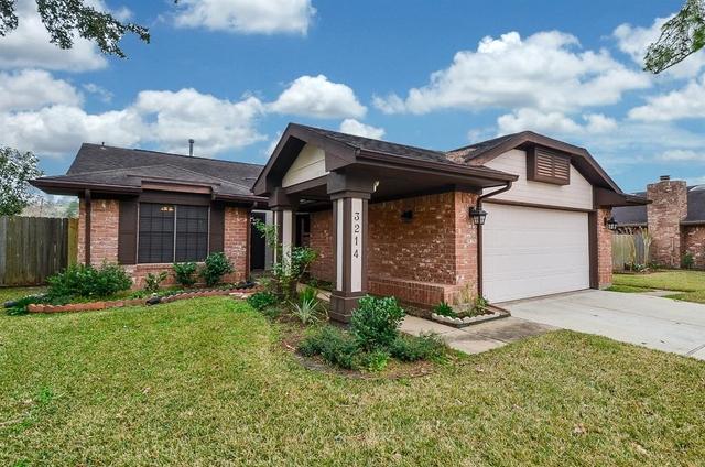 3 Bedrooms, Woodstream Rental in Houston for $1,850 - Photo 2
