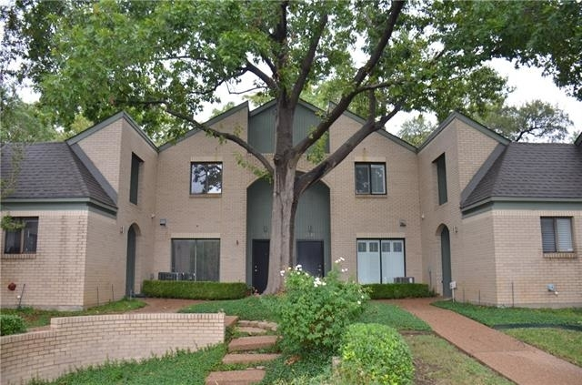 2 Bedrooms, Frisco Heights Rental in Dallas for $1,995 - Photo 1