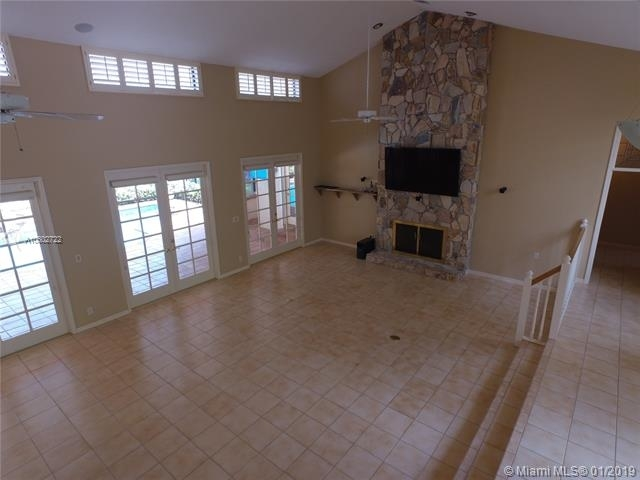 4 Bedrooms, Whispering Woods Rental in Miami, FL for $4,700 - Photo 2