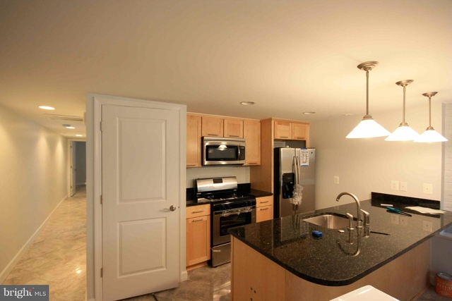 2 Bedrooms, Columbia Heights Rental in Washington, DC for $1,999 - Photo 2