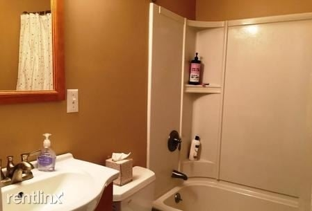 2 Bedrooms, Brookline Village Rental in Boston, MA for $2,000 - Photo 2