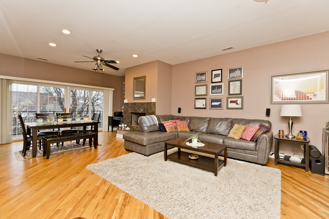 2 Bedrooms, Lakeview Rental in Chicago, IL for $3,450 - Photo 2