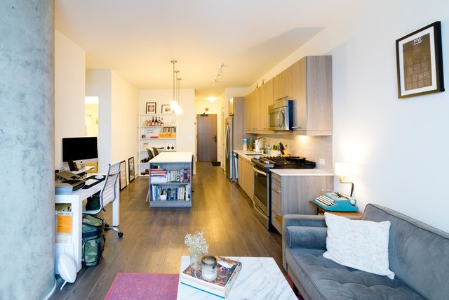 1 Bedroom, Fulton Market Rental in Chicago, IL for $2,195 - Photo 2