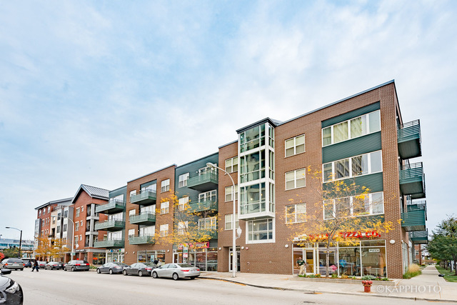 2 Bedrooms, Stateway Gardens Rental in Chicago, IL for $1,750 - Photo 2