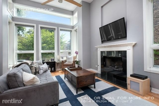 2 Bedrooms, Wrightwood Rental in Chicago, IL for $3,900 - Photo 2