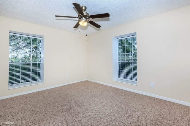 3 Bedrooms, Neartown - Montrose Rental in Houston for $1,300 - Photo 2